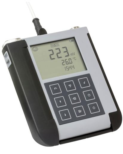 Ex-certified multiparameter handheldliquiline To Go Cym291